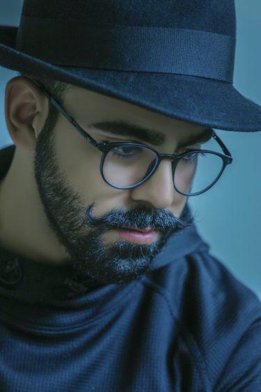 髭カタログ