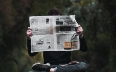 大学生が新聞屋のバイトして1ヶ月で50万円稼いだコツとは?